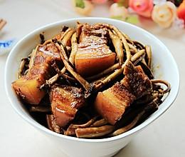 茶树菇五花肉的做法