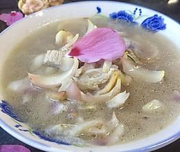 木槿花百合瘦肉汤的做法