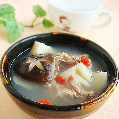 香菇春笋煲鸡汤