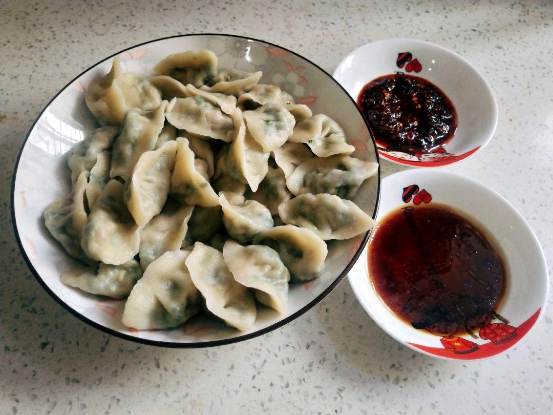 鲜虾韭菜饺子