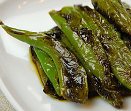 最上瘾的绝味川菜——虎皮尖椒的做法