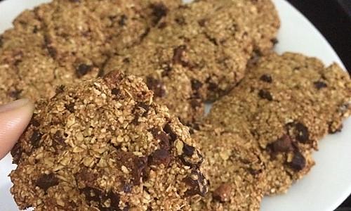 无油低脂红枣燕麦饼干~非常适合大姨妈期间和减肥的女生吃哦~的做法