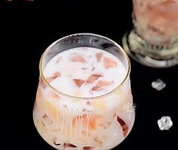桃之夭夭桃冻撞奶的做法