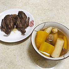 黄萝卜鹌鹑汤