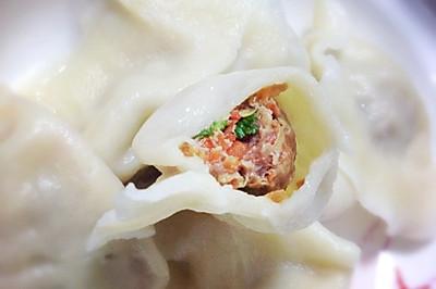 山东年夜饭必备羊肉胡萝卜水饺