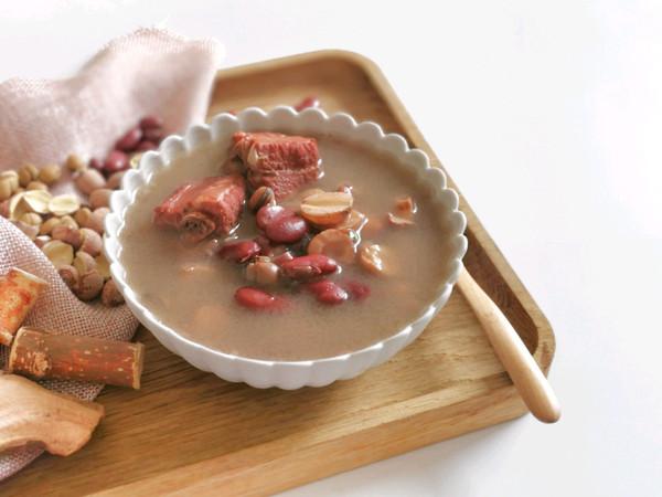 湿热乏力,喝一碗正气的五指毛桃祛湿汤吧的做法