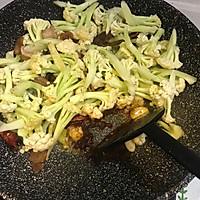 五花肉干煸有机花菜-在家做出饭店的味道#一机多能 一席饪选#的做法图解11