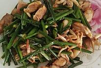 韭菜苔炒墨斗鱼的做法
