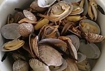 花甲茶树菇煲的做法