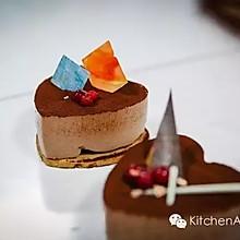 食朴   开心果心形饼巧克力慕斯