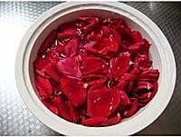 玫瑰爽肤水的做法图解2