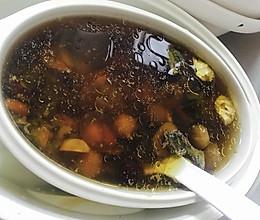 红枣桂圆枸杞莲子乌鸡汤的做法