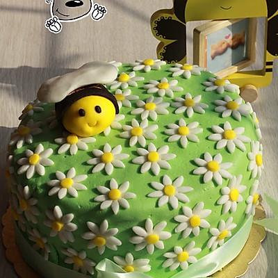 春天来了——小蜜蜂翻糖蛋糕(附翻糖蜜蜂的细节做法)
