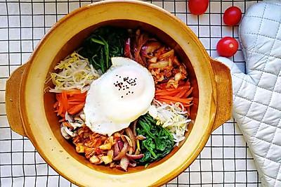 """""""一锅八个菜""""韩式牛肉拌饭"""