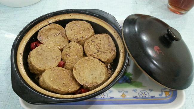 砂锅带鱼素鸡煲的做法