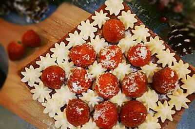 红丝绒雪吻蛋糕