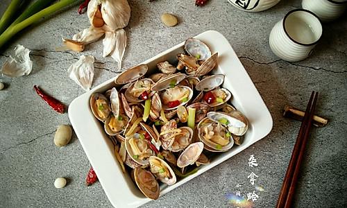 """桑拿蛤蜊+#在""""家""""打造ins风美食#的做法"""