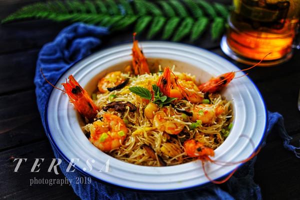 瑶柱虾仁炒粉的做法