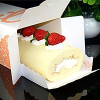不会开裂的草莓奶油蛋糕卷#松下烘焙魔法学院#的做法图解14