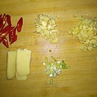 酸菜爆炒肥肠的做法图解6