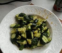 分分钟沙拉拍黄瓜的做法