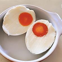 自制咸鸭蛋的配方把鸡蛋腌出了油