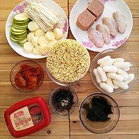 #公主系列# 韩式芝士年糕拉面部队锅的做法图解1
