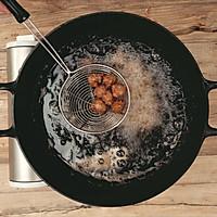 糖醋丸子|美食台的做法图解2