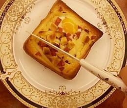 法式早餐 : 干酪太阳蛋吐司的做法