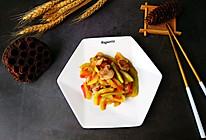 #一人一道拿手菜#西瓜皮炒肉的做法