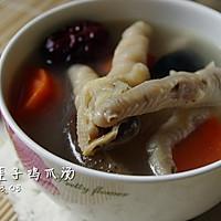马蹄莲子鸡爪汤