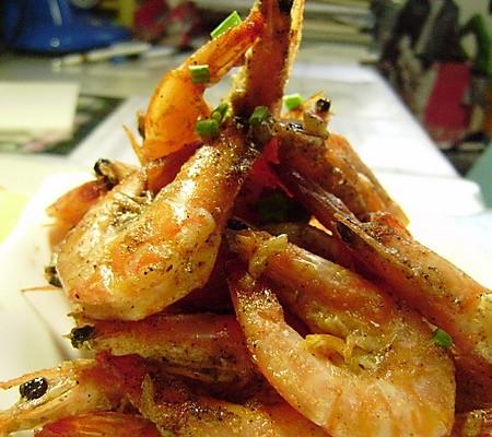 蒜香椒盐虾的做法