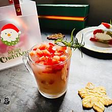 圣诞饮品,草莓雪碧益生菌