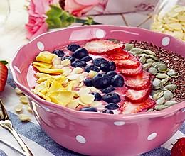 网红草莓思慕雪碗的做法