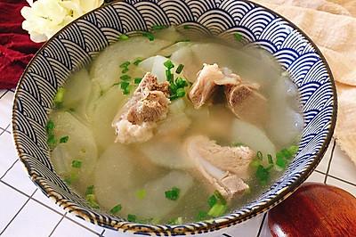 汤浓味鲜的冬瓜排骨汤