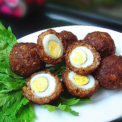 酥皮鹌鹑蛋