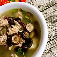 香菇红枣炖鸡汤的做法图解13