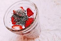 自制草莓思慕雪的做法