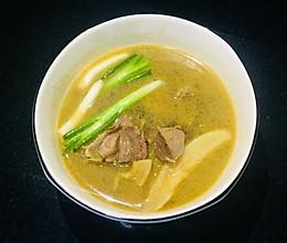 天麻乳鸽汤的做法
