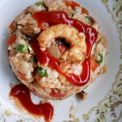 番茄海鲜炒饭