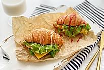 #巨下饭的家常菜#可颂三明治的做法