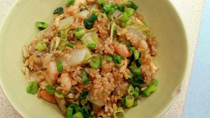十分钟美味虾仁蔬菜蛋炒饭