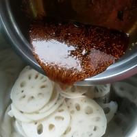 红油藕片的做法图解7