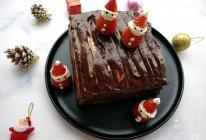 #令人羡慕的圣诞大餐#圣诞巧克力夹心蛋糕的做法