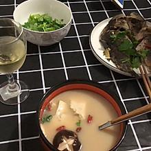 鲫鱼香菇豆腐汤