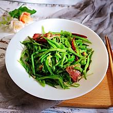 扁豆丝炒腊肉(意想不到的下饭菜)