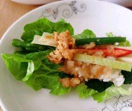 #憋在家里吃什么#生菜包饭的做法