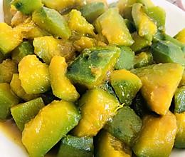 贝贝南瓜的另类吃法~焖烧(咸口的哦)的做法