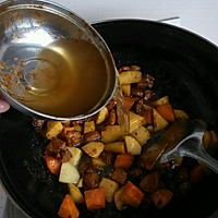 猪肉土豆炖粉条的做法图解6