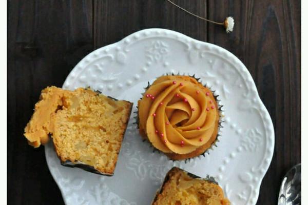 焦糖苹果杯子蛋糕的做法